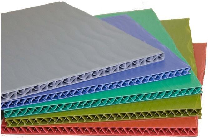 Полимерный тонкий лист TRIPLIC, 3 мм.